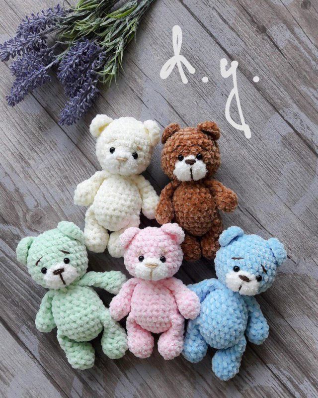 Игрушки крючком для начинающих: Медвежонок