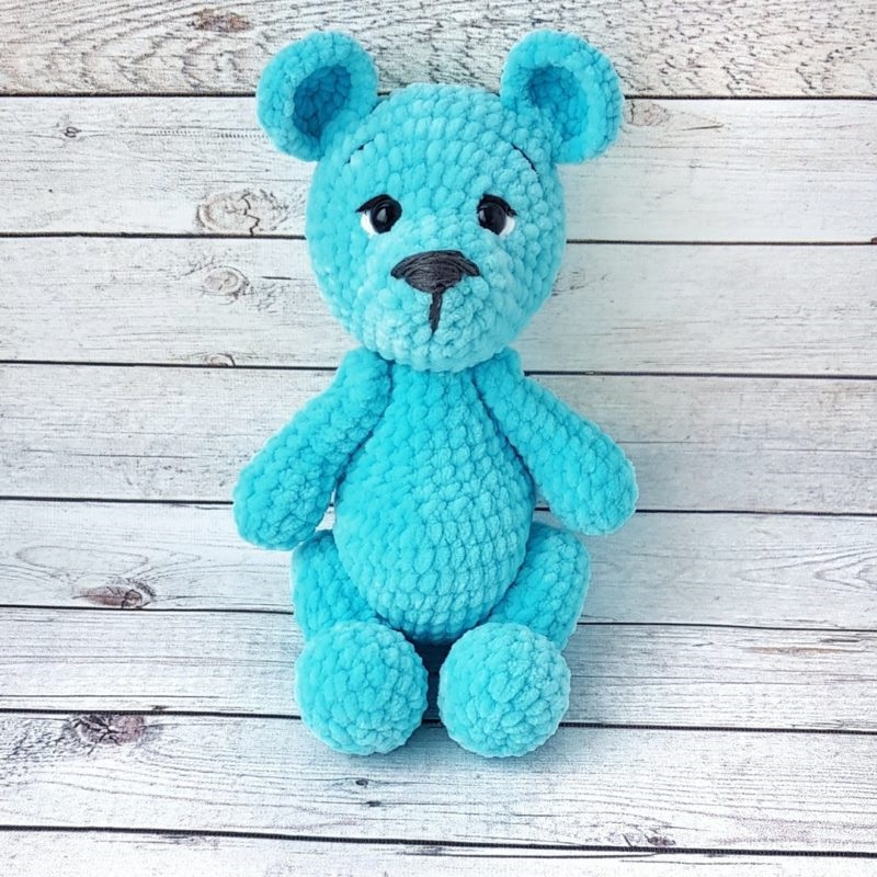 Вязание игрушки из плюшевой пряжи крючком: мишка Рома