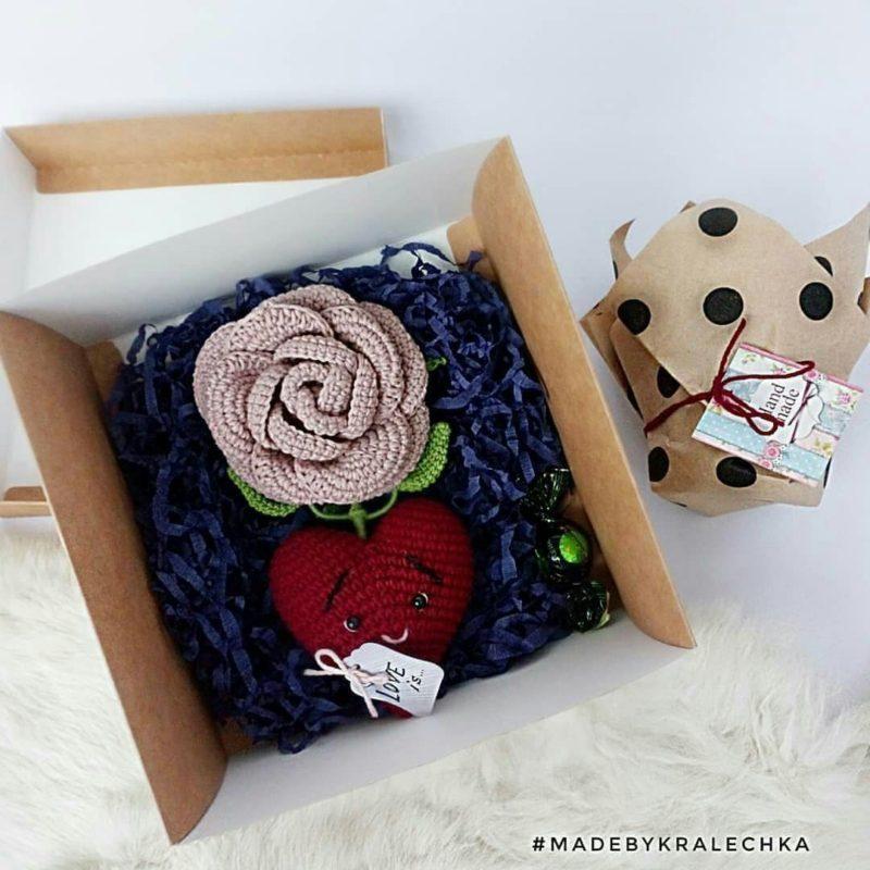 Амигуруми роза и сердце