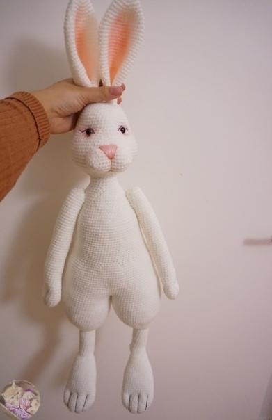 Амигуруми большой белый кролик крючком с видео МК
