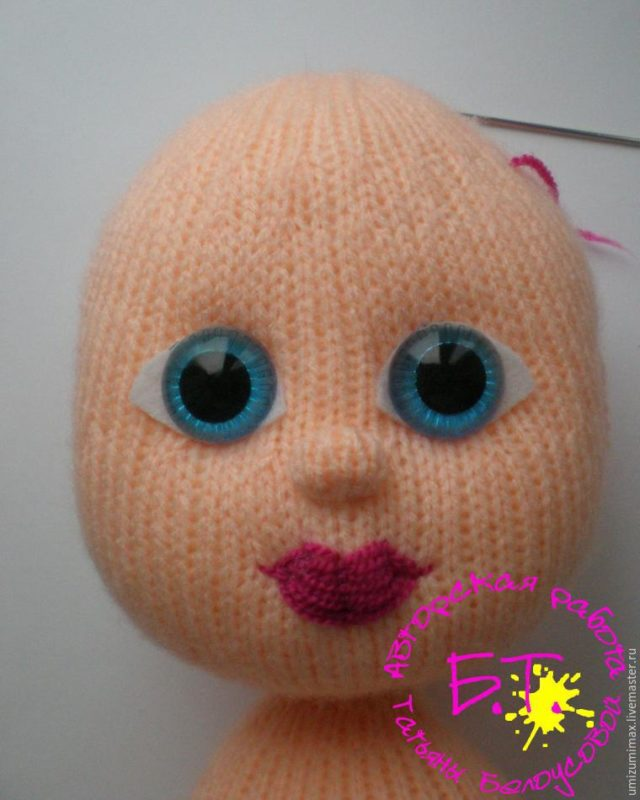 Оформление лиц вязаных кукол