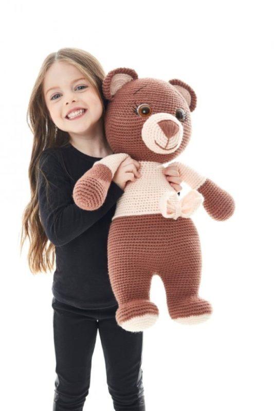 Бесплатная схема вязания огромного медведя крючком с описанием