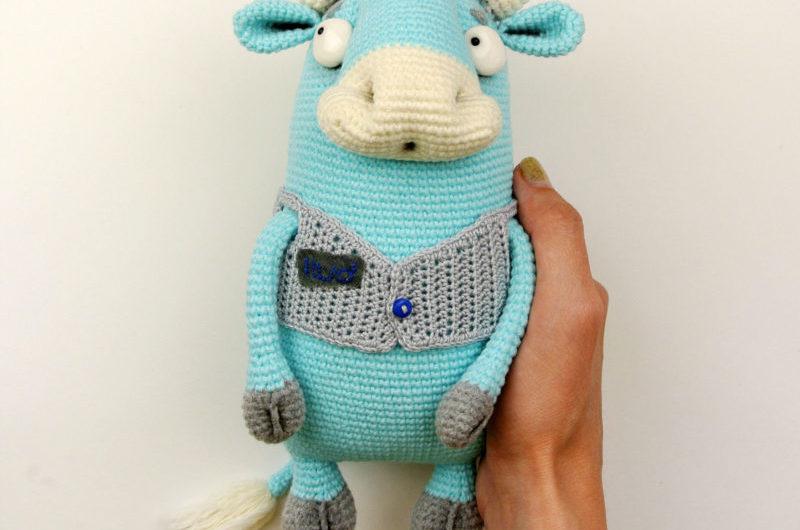 Схема вязания голубого бычка крючком
