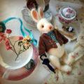 Амигуруми кролик с подвижными лапками на шплин