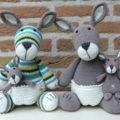 Схема вязания кенгуру крючком с дополнением для малыша