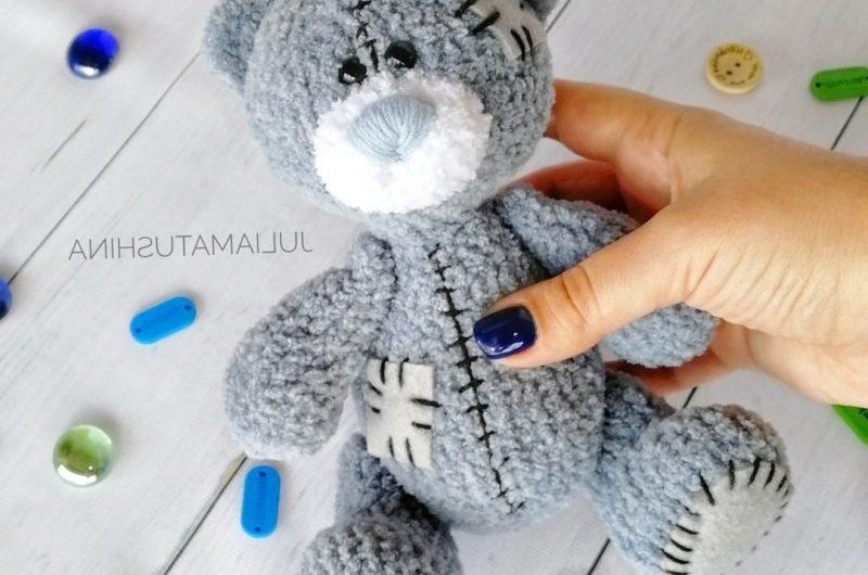 Вязаный крючком медвежонок Тедди