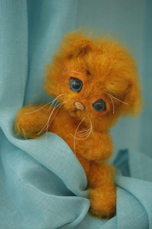 Котенок из мохера
