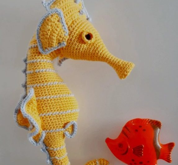 Схема вязания большого морского конька крючком