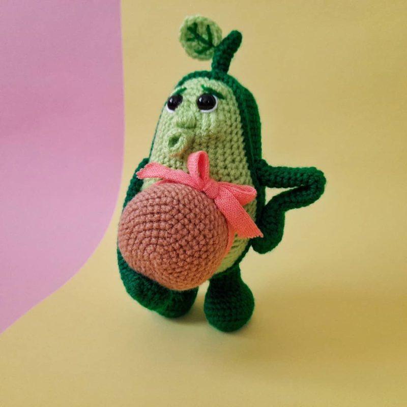 Амигуруми беременная авокадинка крючком с описанием работы