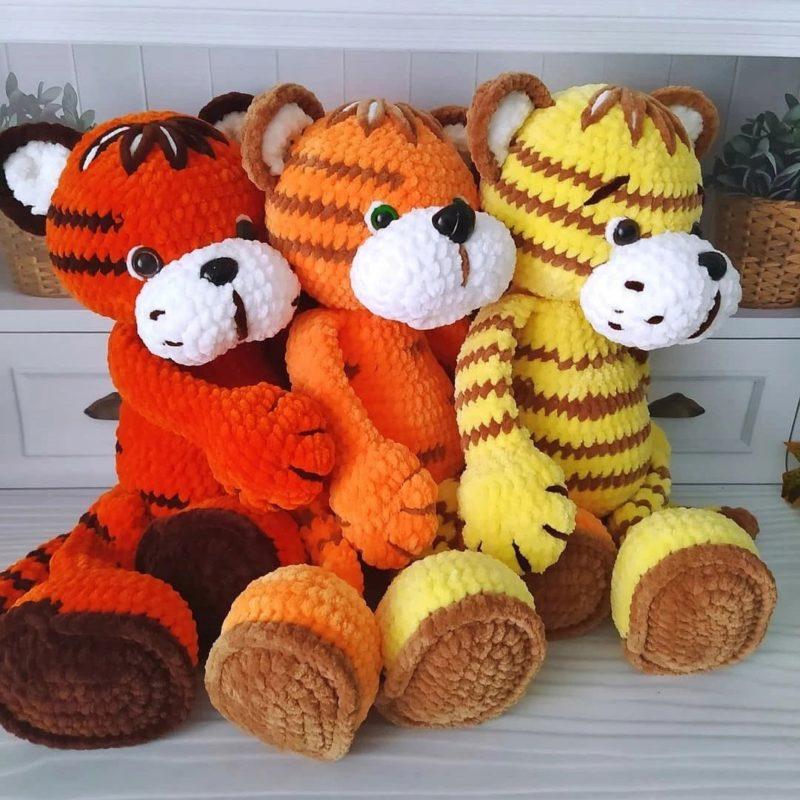 Амигуруми тигр из плюшевой пряжи по пошаговой схеме вязания