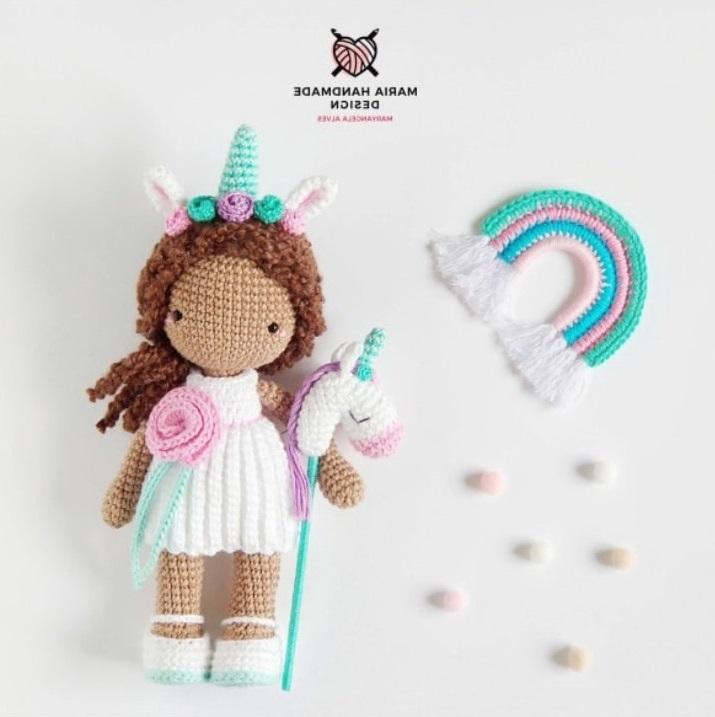Вязаная кукла единорог крючком с пошаговой схемой вязания и фото